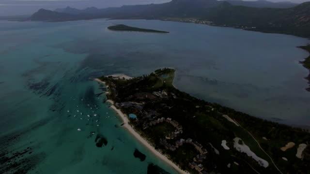 Aerial-panorama-of-ocean-and-Mauritius-Island