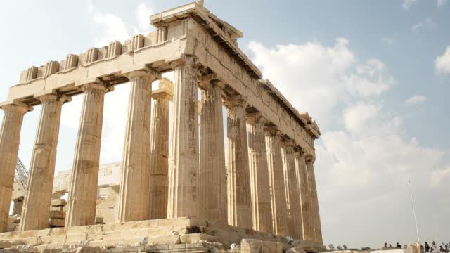 Incline-la-toma-del-Partenón-en-la-Acrópolis-de-Atenas-Grecia