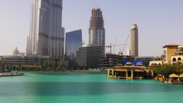 uae-day-light-dubai-mall-fountain-world-highest-building-view-4k