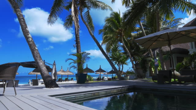 4K-Perfect-holiday-postcard-in-a-luxury-resort-by-the-ocean