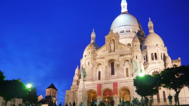 sacré-cœur-basilica-sacred-heart-paris-cathedral-france