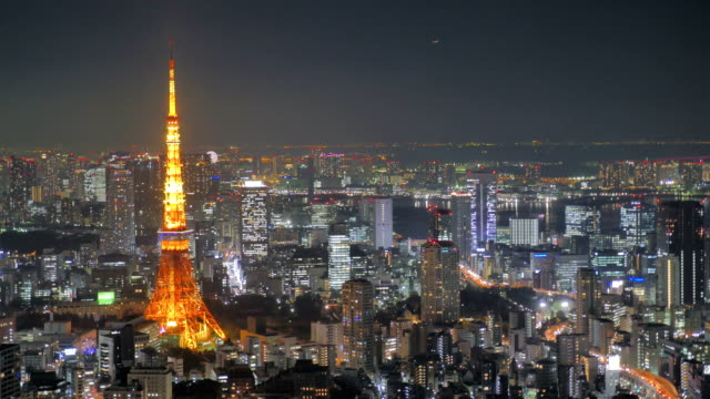 Time-lapse---Landscape-Tokyo-Tower-night-view