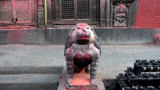 León-de-animales-de-tiger-Escultura-en-Katmandú-Nepal