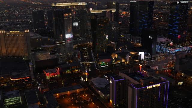 Las-Vegas-Nevada-Luftaufnahme-des-Las-Vegas-Strip-bei-Nacht