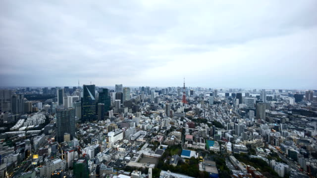 Sunset-day-to-night-at-Tokyo-city-skyline-