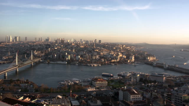 Vista-del-cuerno-de-oro-y-el-Bósforo-de-Istanbul
