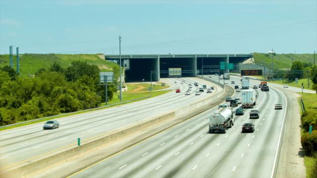 The-Perimeter-Traffic-at-Atlanta-Airport-with-Jet-Landing