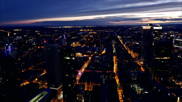 Ciudad-de-Francfort-oeste-(Time-lapse-en-4K)
