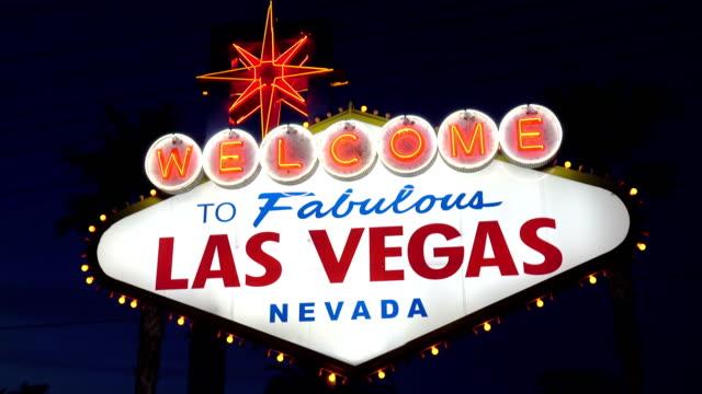 Video-de-bienvenida-a-la-fabulosa-muestra-de-Las-Vegas-por-la-noche-en-4K