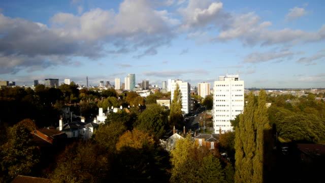 El-centro-de-la-ciudad-de-Birmingham-Inglaterra-panorámica-timelapse-
