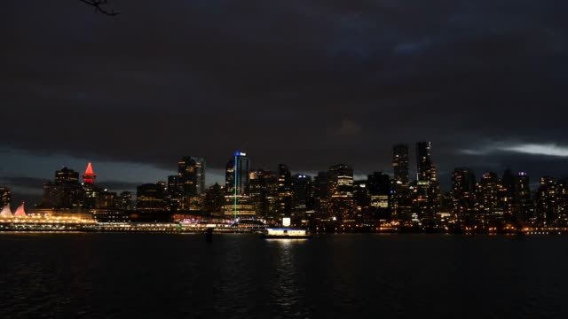 Vancouver-Canada-downtown-skyline-4k-night