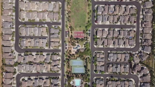 Wohlhabende-California-Track-Haus-Vororte