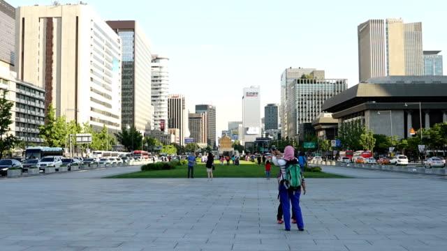 Gwanghwamun-Plaza-Seoul-Korea