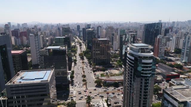 Avenue-Faria-Lima-in-Sao-Paulo-Brasilien