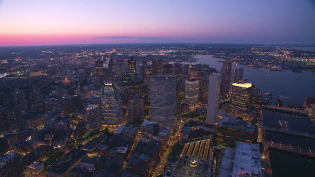 Vista-aérea-de-Boston-al-atardecer-