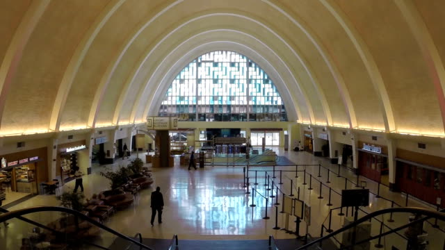 New-Orleans-Airport-Interior-Arch-Architecture
