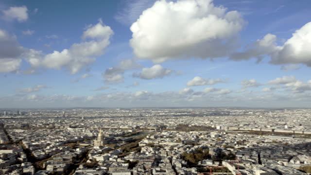 París-Francia-20-de-noviembre-de-2014:-Ángulo-amplio-toma-de-apertura-de-la-ciudad-de-París-con-toma-panorámica-de-la-introducción-Durante-el-día