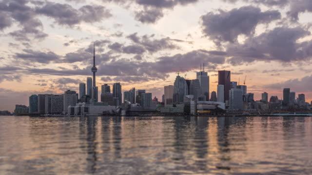 Atardecer-en-la-ciudad-de-Toronto
