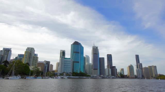 Brisbane-Cityscape-Timelapse-en-movimiento