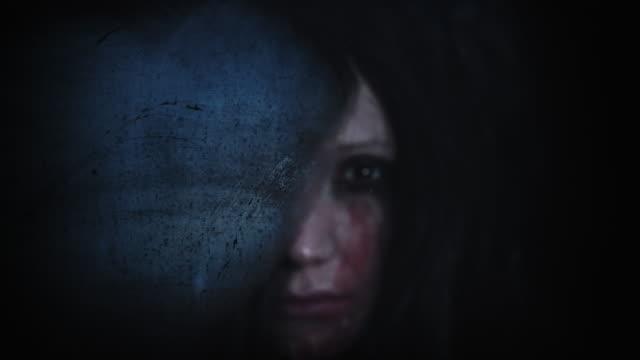 4K-Horror-Creepy-Woman-Breathing-on-Window-in-reverse