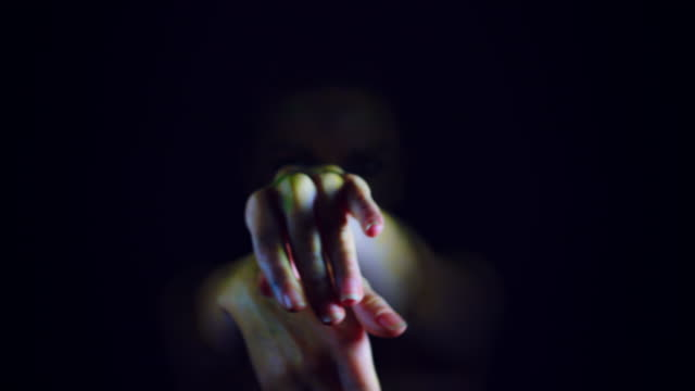 4K-Horror-Serpent-Woman-Gesturing-with-hands