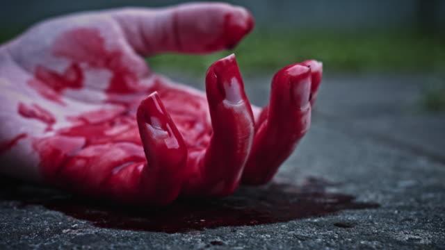 4k-Horror-Dead-Body-Hand-Moving