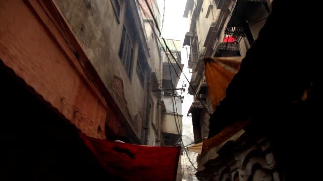 Estrecho-de-las-calles:-Varanasí-India