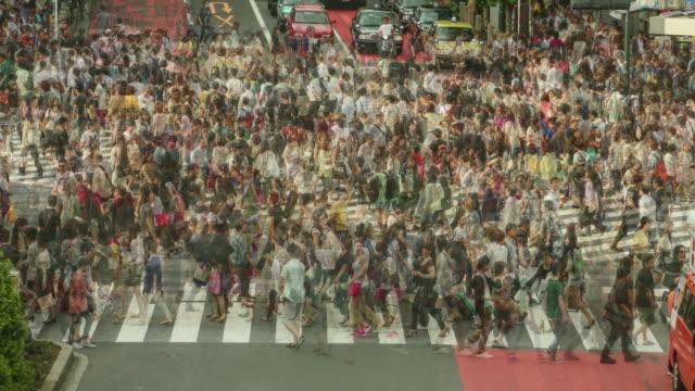 Tokio-Japan-Tagsüber-Timelapse-von-Menschen-zu-Fuß-im-Shibuya-Kreuzung-in-die-Nacht