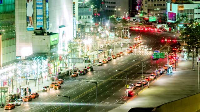 Seoul-City-Night-Traffic-Timelapse
