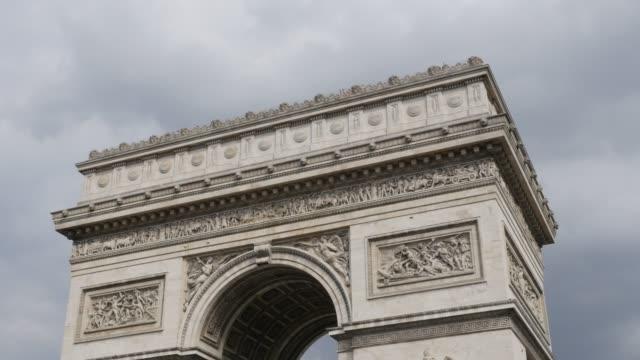 Tilting-on-Arc-de-Triomphe-famous-landmark-of-Paris-France-4K