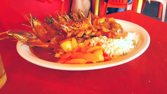 Mexican-Cuisine-Shrimp-deviled-Wing-4K