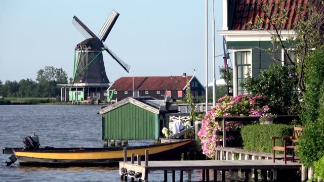 Dutch-windmill-Holland-Traditional-houses-in-Holland-Netherlands-4K