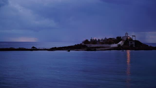 Capilla-y-cementerio-en-Agios-Fokas-Laconia