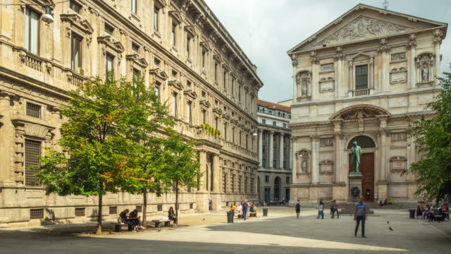 italy-sunny-day-milan-city-centre-alexander-manzoni-square-panorama-4k-time-lapse