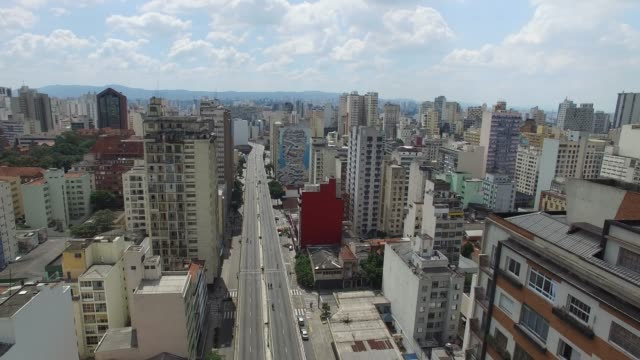 Minhocao-Viaduct-in-Sao-Paulo-city-Brazil