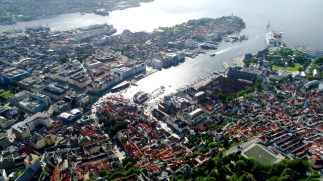 Bergen-is-a-city-and-municipality-in-Hordaland-on-the-west-coast-of-Norway-Bergen-is-the-second-largest-city-in-Norway-