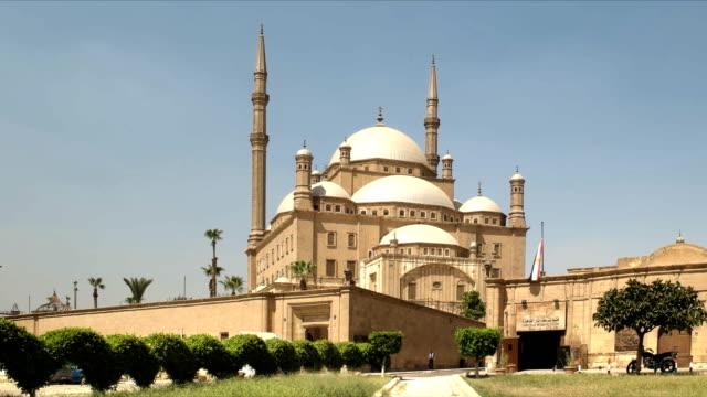 vista-de-la-mañana-de-la-mezquita-de-alabastro-en-el-cairo-Egipto