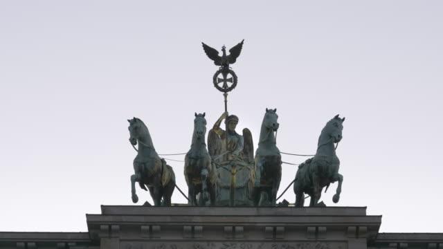 zoom-in-shot-on-the-quadriga-on-the-brandenburg-gate-in-berlin
