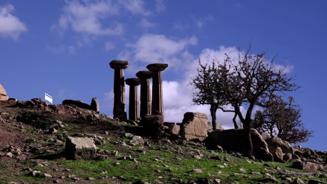 Assos-the-ruins-of-an-ancient-acropolis-Turkey