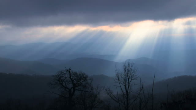 Heavenly-Rays---1011-25