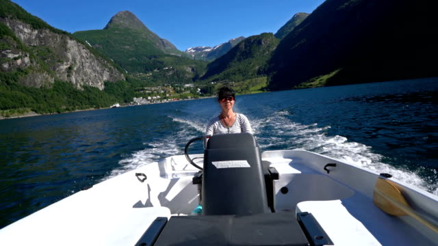 Woman-driving-a-motor-boat