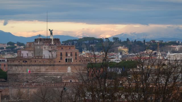 Rome-View-from-the-hill-on-the-Sant-Angelo-castle-