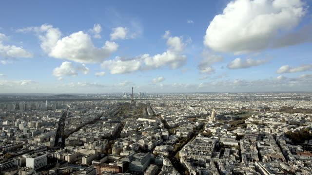 París-Francia-20-de-noviembre-de-2014:-Amplia-toma-de-apertura-de-la-ciudad-de-París-Durante-el-día
