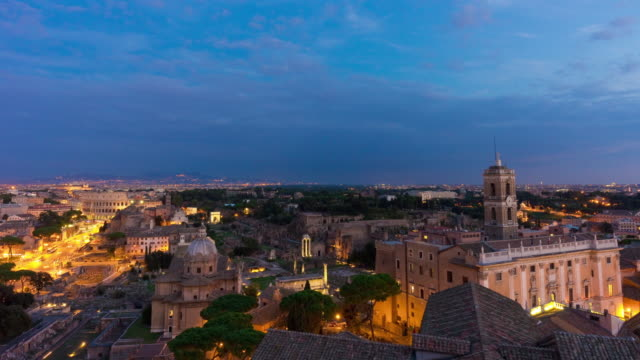 italy-sunset-twilight-rome-famous-altare-della-patria-rooftop-roman-forum-panorama-4k-time-lapse