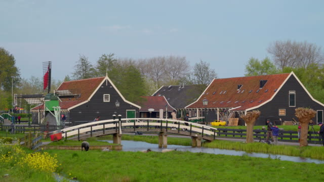 Small-wooden-beautiful-houses-in-the-village