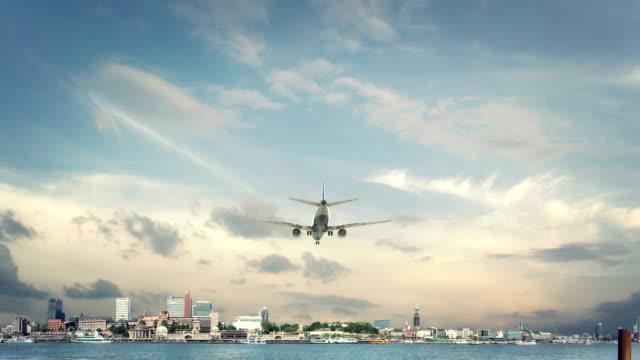 Airplane-Landing-Hamburg-Germany