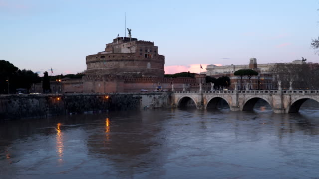 Rome-Italy:-Mausoleum-of-Hadrian-Castle-of-Holy-Angel