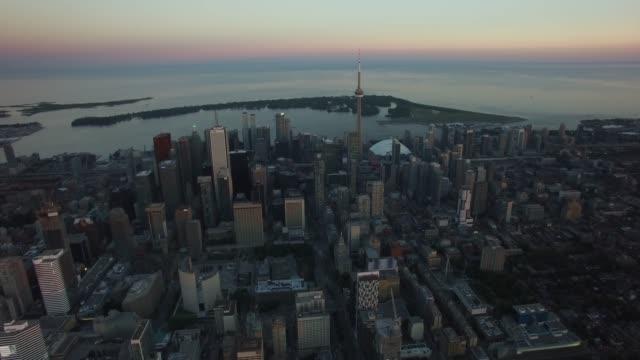Antena-del-Skyline-del-Downtown-Toronto