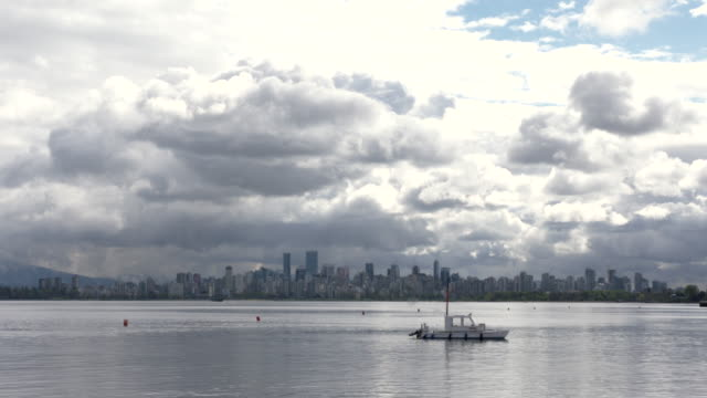 Vancouver-Cityscape-Cloud-Timelapse-4K-UHD