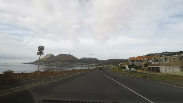 Driving-along-the-southern-coastline-in-the-Cape-Peninsula-South-Africa-